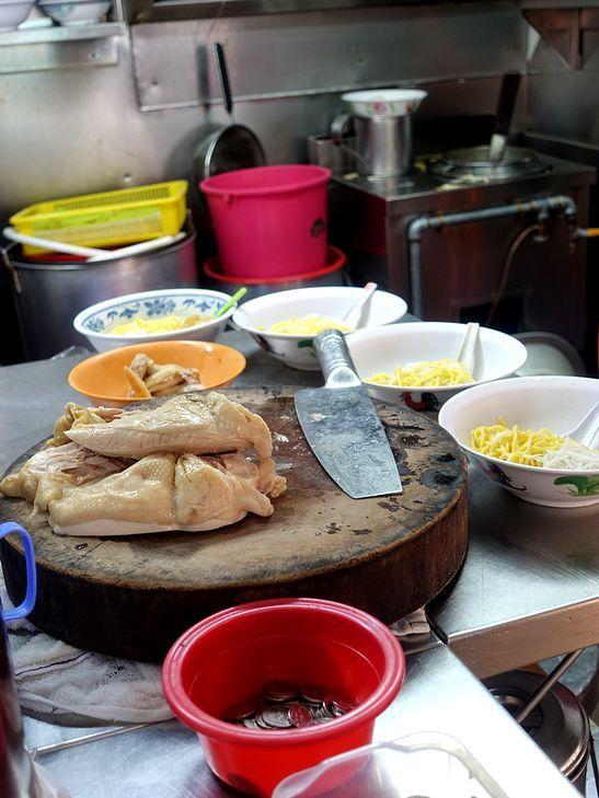 シンガポールなカレーヌードル@Heng Kee Curry Chicken Bee Hoon Mee_e0368107_14305987.jpg