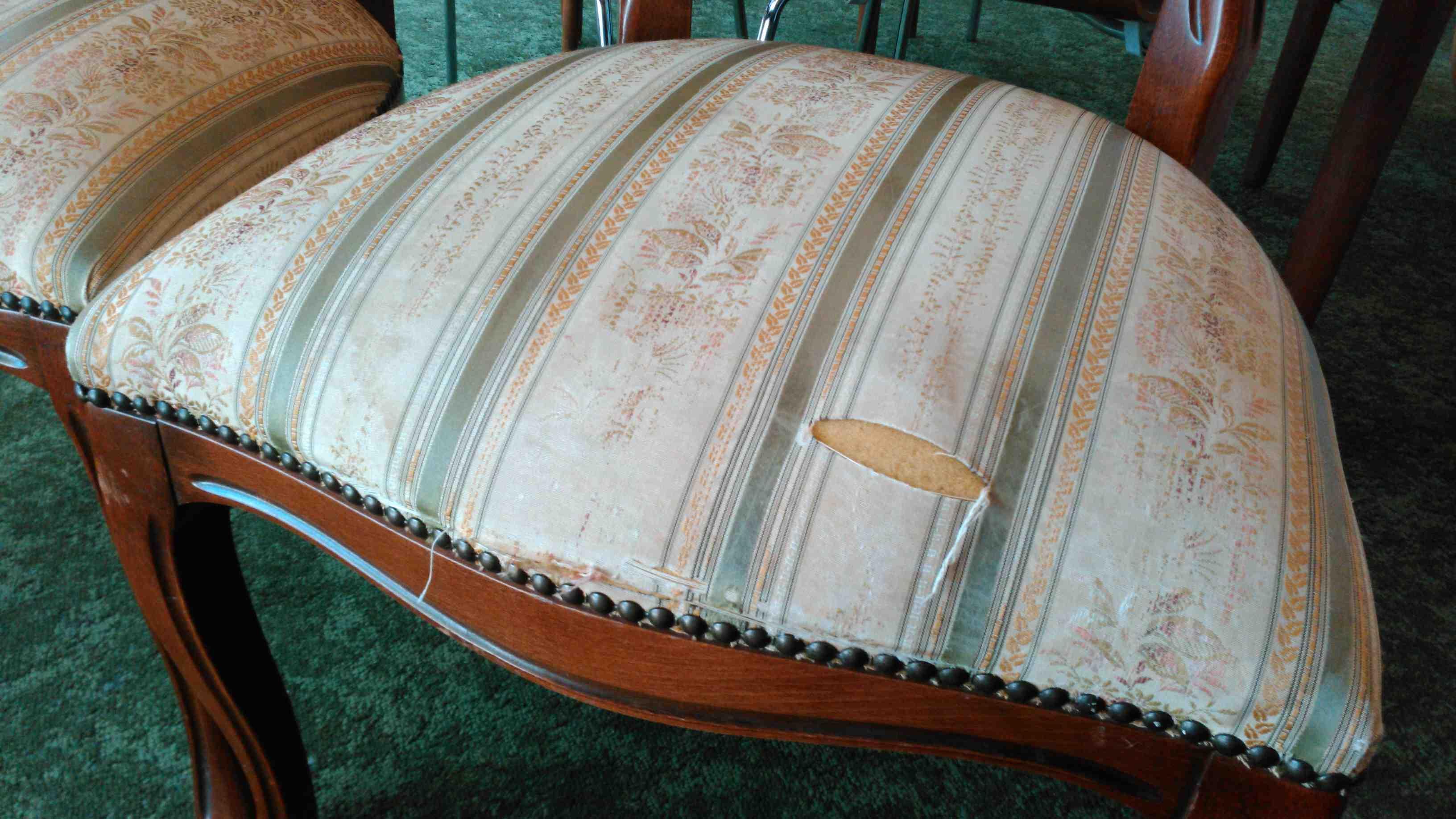 椅子の張替え_c0157866_19513879.jpg