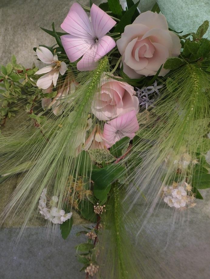オークリーフ花の教室(落合さんの作品)_f0049672_19494948.jpg