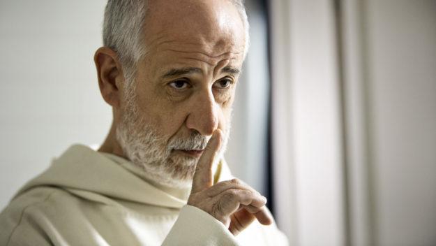 映画の話 『修道士は沈黙する』 ジワリと面白い。_f0362073_16470859.jpg