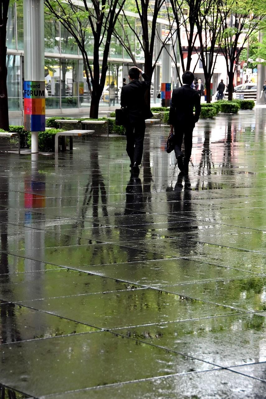 雨上がりの新緑@大手町_d0065116_22120908.jpg