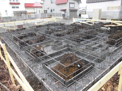 春の新築工事が始まりました_e0343963_10423463.jpg
