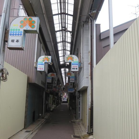 天神橋西商店街(大和高田市)_c0001670_17093575.jpg