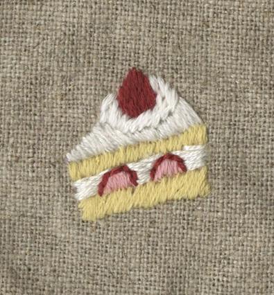 苺ショートケーキの刺繍をしました。_a0138978_22230889.jpg