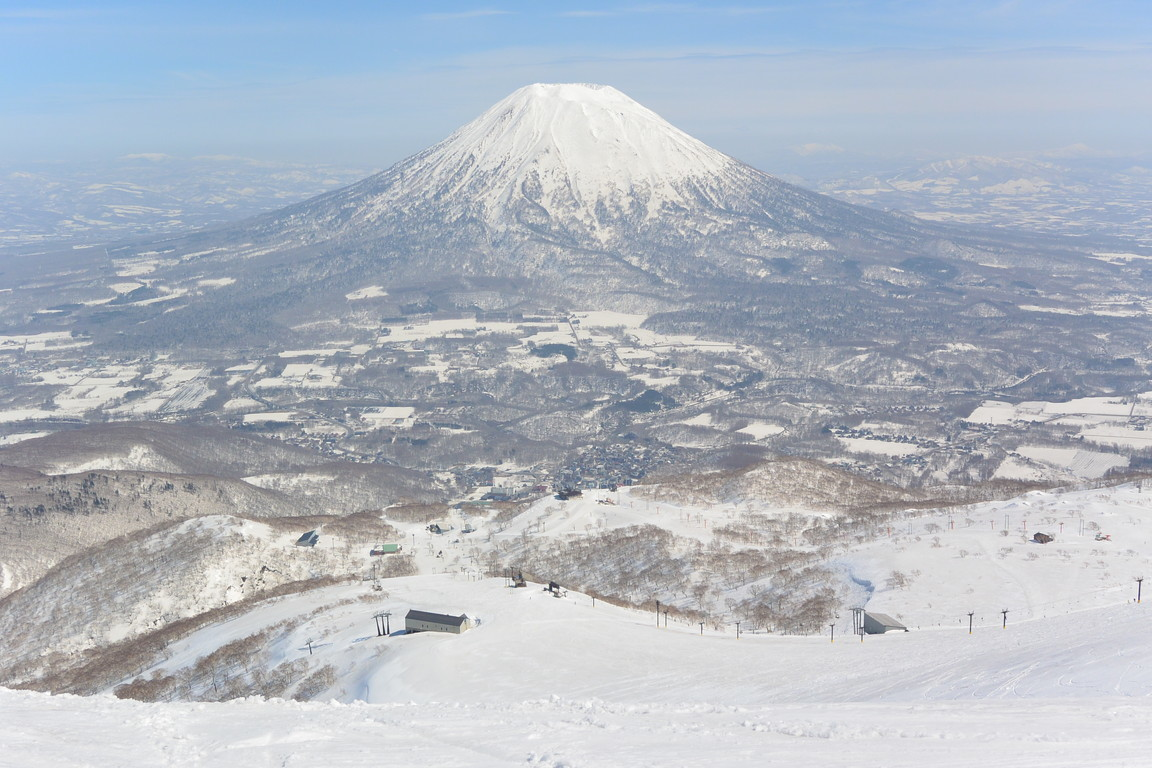 "2018年4月 『ニセコ、羊蹄山で春スキー』 April 2018 ""Spring Ski in Niseko and Mt Yotei\""_c0219616_12345796.jpg"