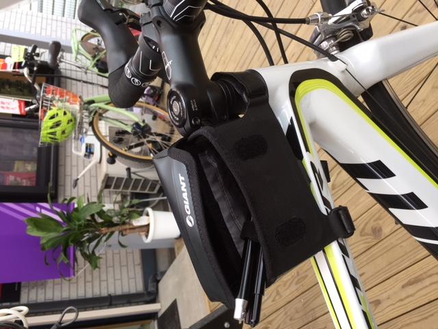 GIANT社 ロードバイク用 超コンパクトスタンド_f0091343_1392120.jpg