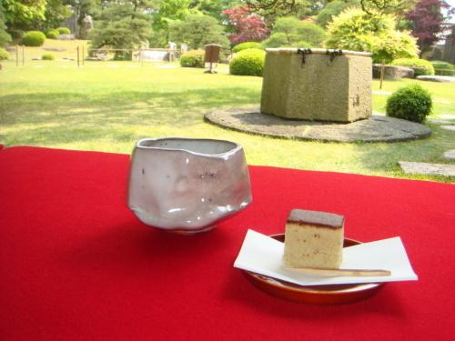 庭園の特別公開と呈茶席_f0101949_15431330.jpg