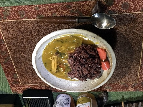 夕飯はカレー_e0166355_20282876.jpg