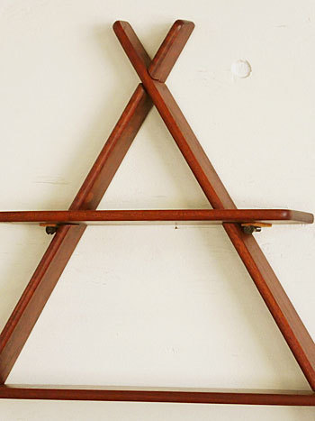 teak wall shelf_c0139773_18523117.jpg