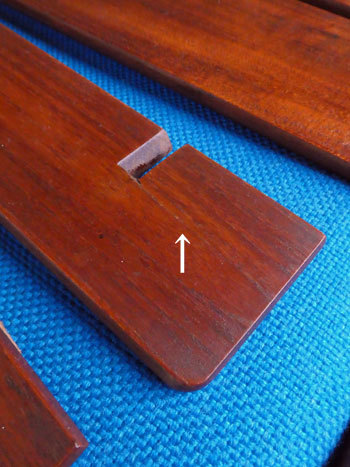 teak wall shelf_c0139773_18535086.jpg
