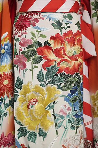 絵画のような極上の花嫁衣裳に魅せられて_b0098077_15503653.jpg