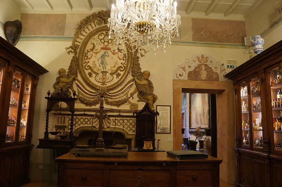ハーブ博物館〜サンセポルクロ_f0106597_07095140.jpg