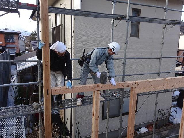 黒石野 桜の見える丘の上の家 建て方作業スタート!_f0105112_04271753.jpg