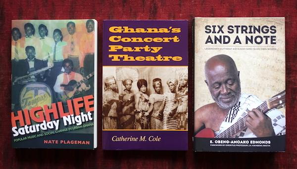 読書メモ:John Collins on Highlife (Books on Ghana 1)_d0010432_22201441.jpg