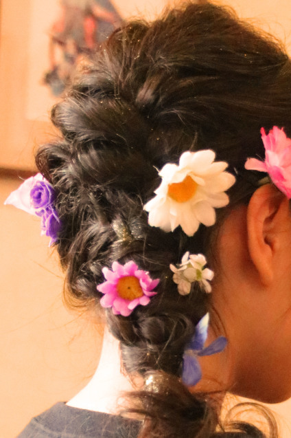 エルサ ラプンツェル 髪型 ピアノ発表会 結婚式お呼ばれヘア