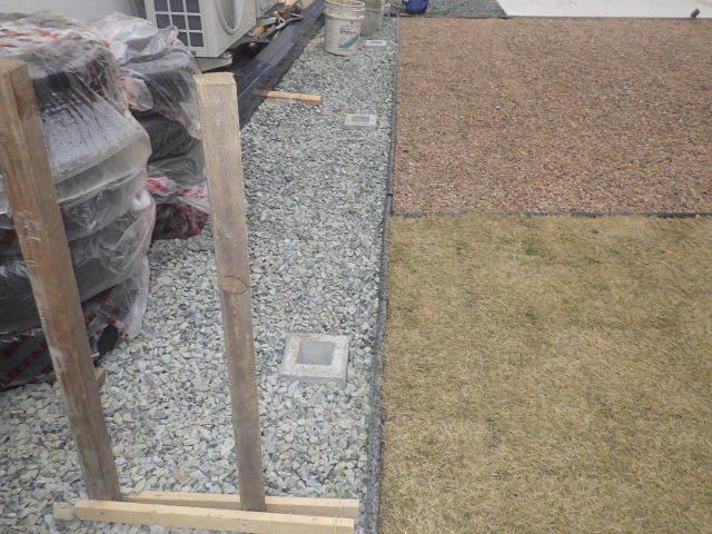 国分通りの家 外構工事が進行中。_f0105112_05163609.jpg