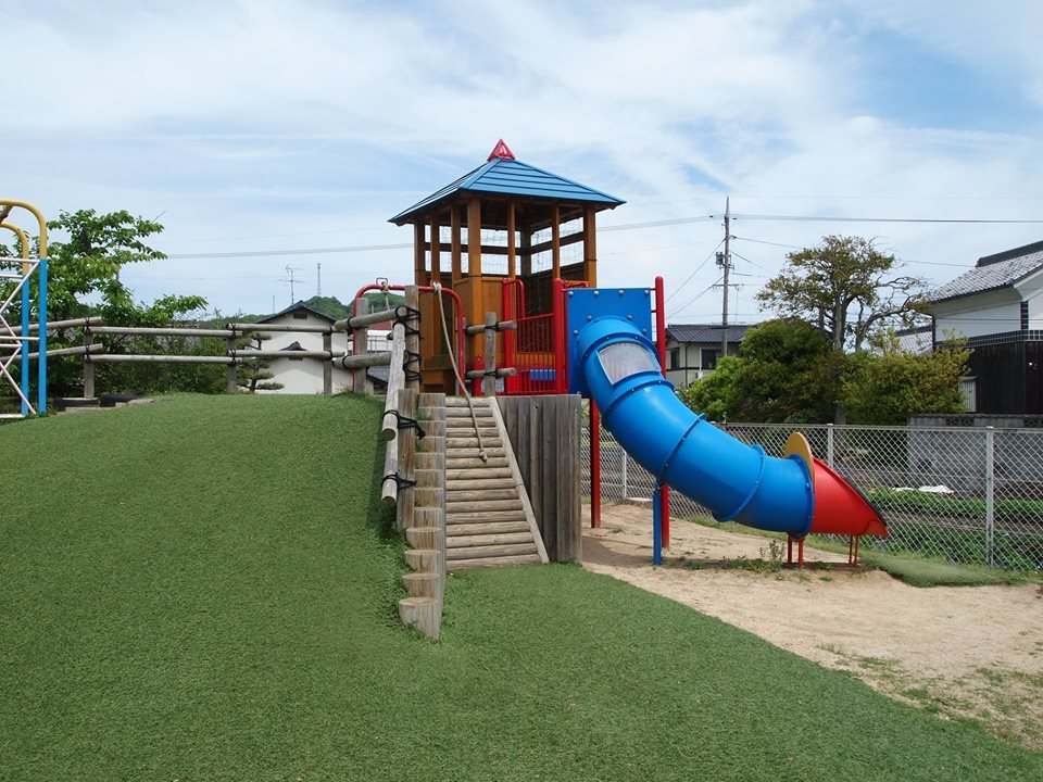 幼稚園遊具を納めさせていただきました_b0211845_11081447.jpg