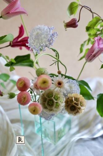 ベルテッセンたちと一緒に♪「5本の花ということ」_c0128489_21274931.jpg