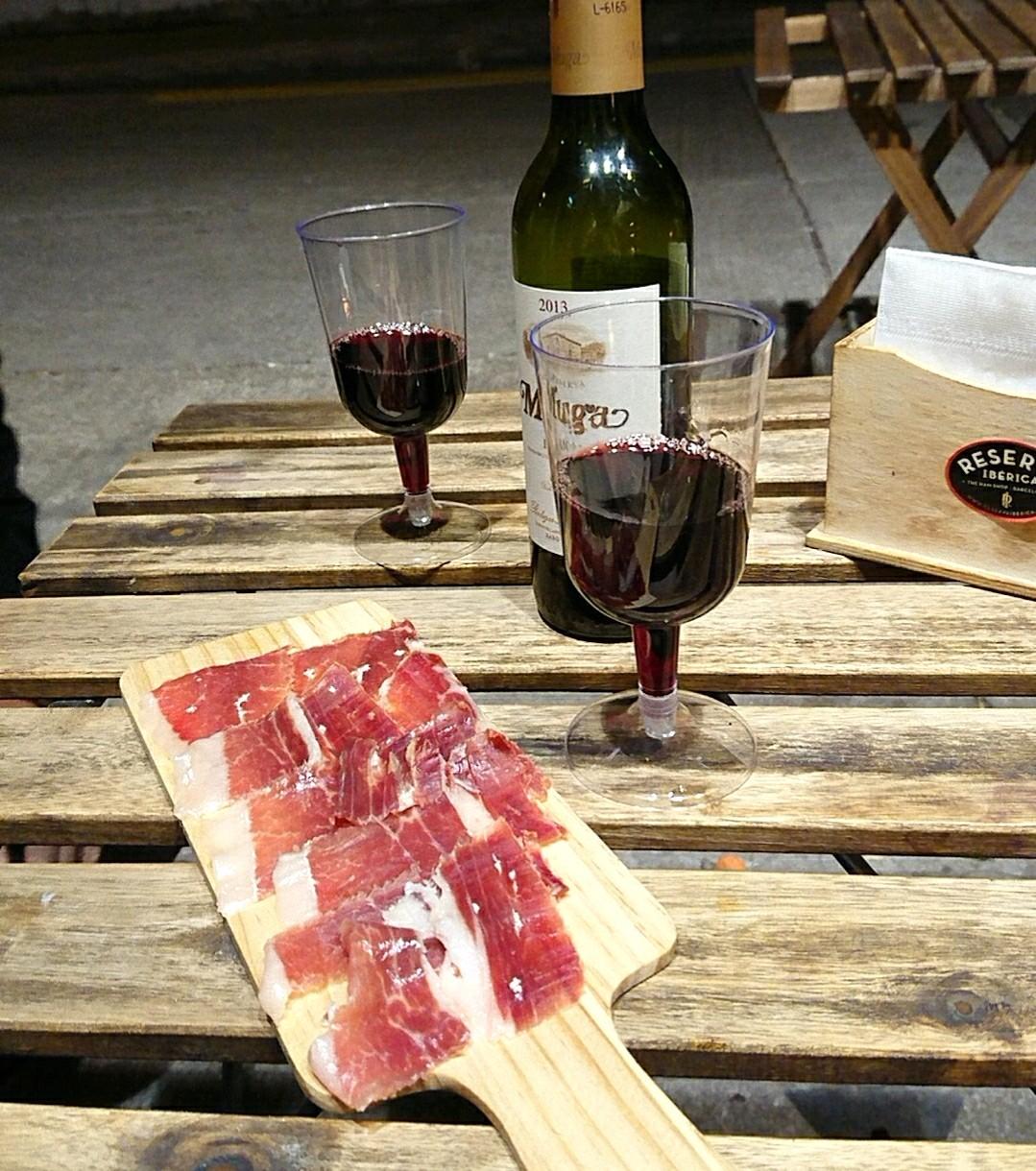香港で赤ワインとイベリコハム_a0098948_19223769.jpg