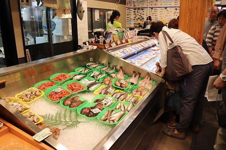 富山湾の幸を食いまくり!_b0111376_21084659.jpg