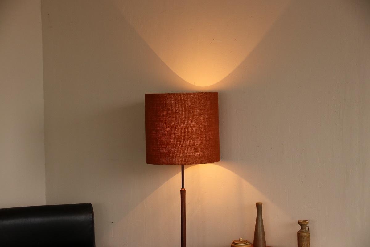 『岐阜E様邸へ Teak Stand Lamp』_c0211307_18584986.jpg