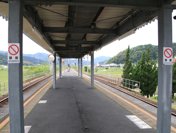 MF200形  大江駅 撮り鉄!_d0202264_22134649.jpg