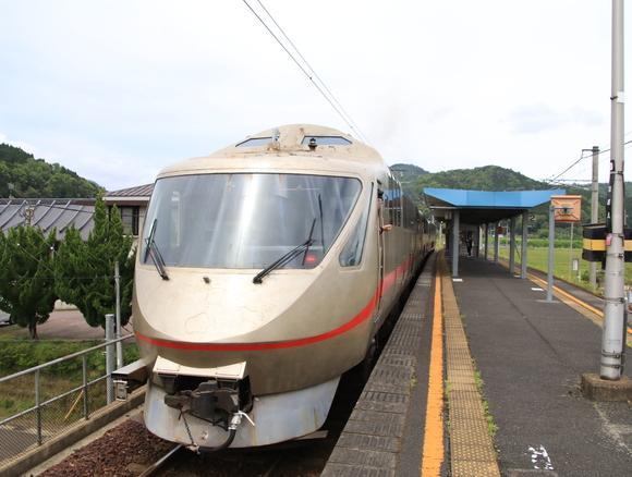 丹鉄 タンゴエクスプローラ 大江駅到着!_d0202264_4391290.jpg