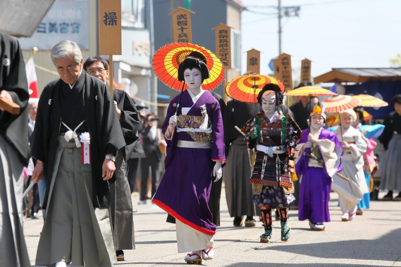 出町子供歌舞伎曳山祭 その1 お練り_c0196076_07373288.jpg