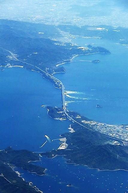 藤田八束の鉄道写真@鳴門の渦潮を見るなら今が最高、鳴門大橋に見られる大きな渦潮_d0181492_07201906.jpg