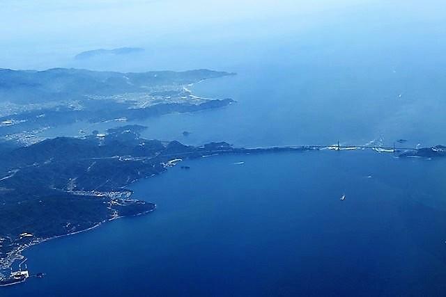 藤田八束の鉄道写真@鳴門の渦潮を見るなら今が最高、鳴門大橋に見られる大きな渦潮_d0181492_07225242.jpg