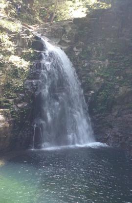滝と渓谷(岡)_f0354314_23344674.png