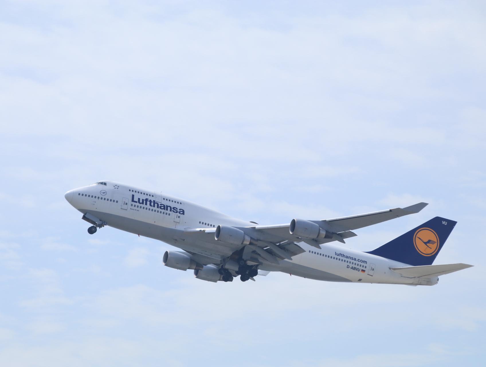 2018年 5月 KIXレポート ルフトハンザ航空(LH)ボーイング747-400型_d0202264_22224882.jpg