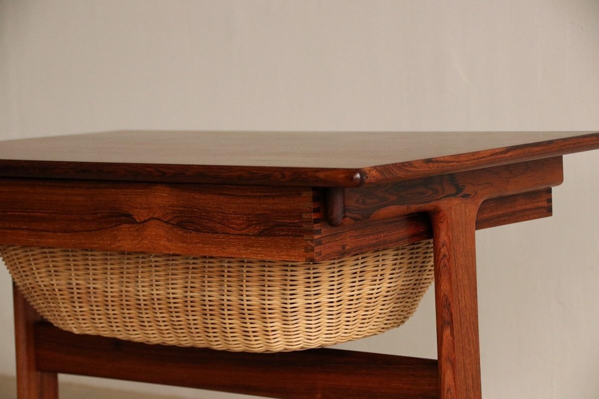 『Kai Kristiansen Sweing Table(Rosewood)の納品』_c0211307_21391641.jpg