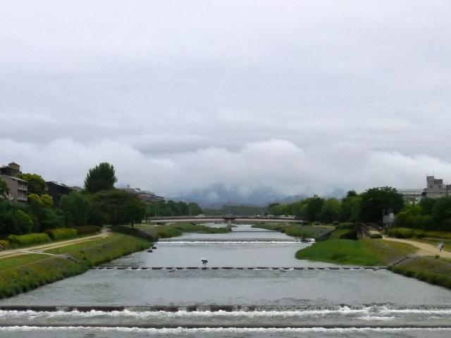 雨の日は喫茶店で、_e0230141_09083689.jpg