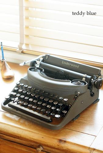 antique underwood typewriter アンティーク アンダーウッドタイプライター_e0253364_10120888.jpg