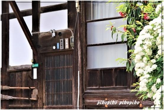 宝蔵寺  1_e0353681_08193532.jpg