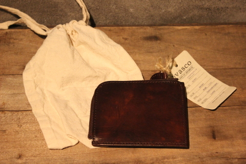 "VASCO 1点物の""LEATHER TRAVEL L-ZIP MINI WALLET\"" ご紹介_f0191324_08323180.jpg"