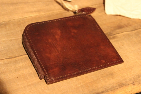 "VASCO 1点物の""LEATHER TRAVEL L-ZIP MINI WALLET\"" ご紹介_f0191324_08331094.jpg"
