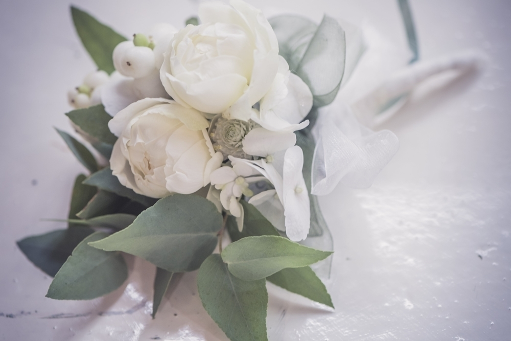 秋の装花 リストランテASOの花嫁様より、かすみそうのアーチの前のプロポーズ_a0042928_21042923.jpg