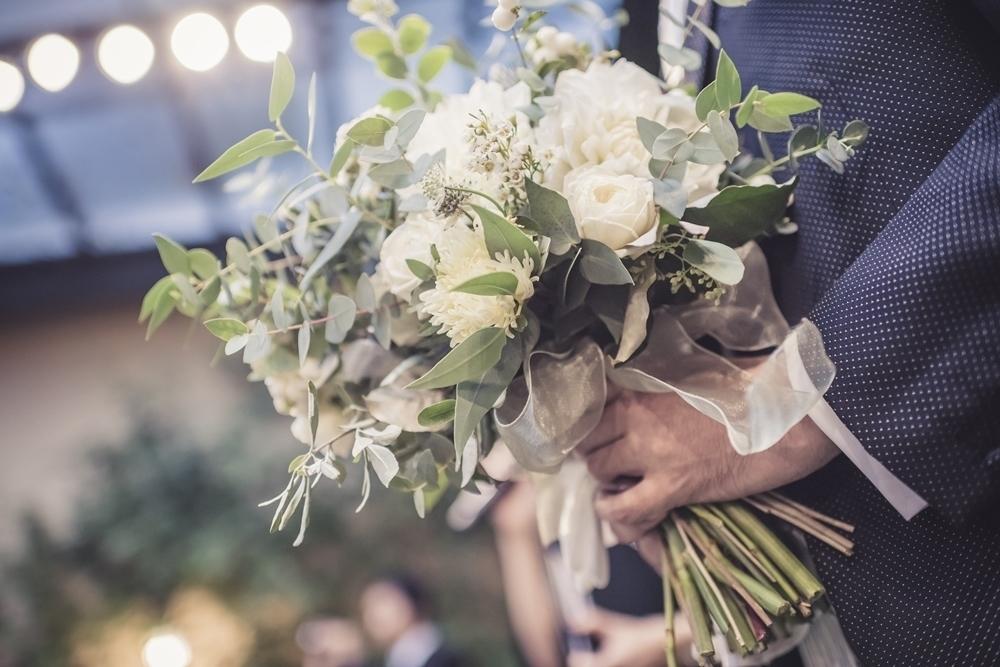 秋の装花 リストランテASOの花嫁様より、かすみそうのアーチの前のプロポーズ_a0042928_21044084.jpg