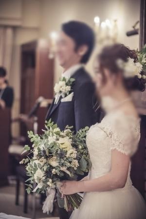 秋の装花 リストランテASOの花嫁様より、かすみそうのアーチの前のプロポーズ_a0042928_21045902.jpg