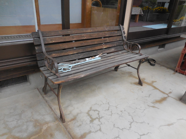 今日のベンチ №125_e0097534_9441253.jpg