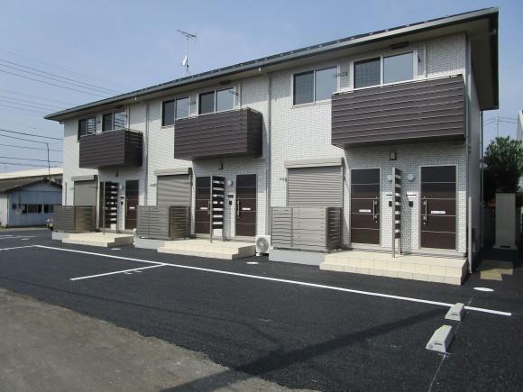 新築アパート_a0136945_17020334.jpg