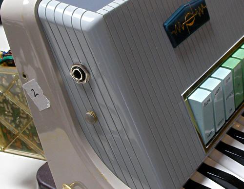 Farfisa Transicord Customized #2_e0045459_20440094.jpg
