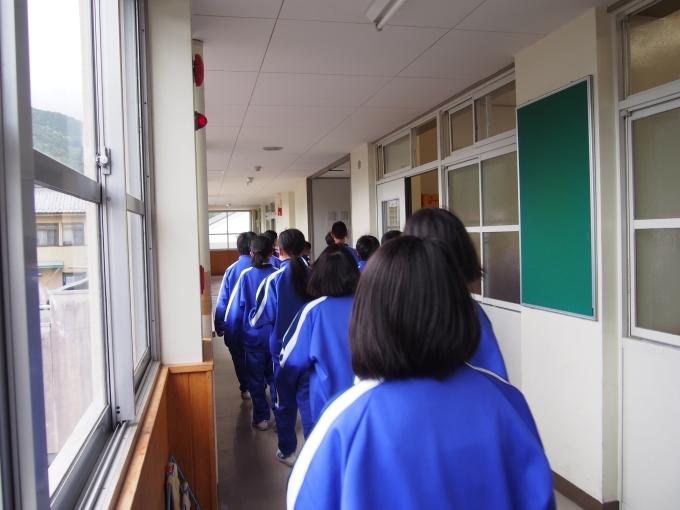 中学校・保育園合同防災訓練が行われました_c0238069_14530263.jpg
