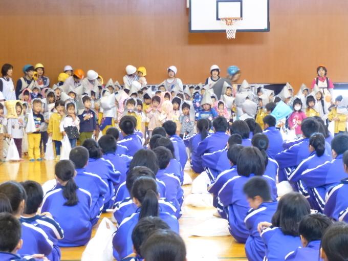 中学校・保育園合同防災訓練が行われました_c0238069_15073538.jpg