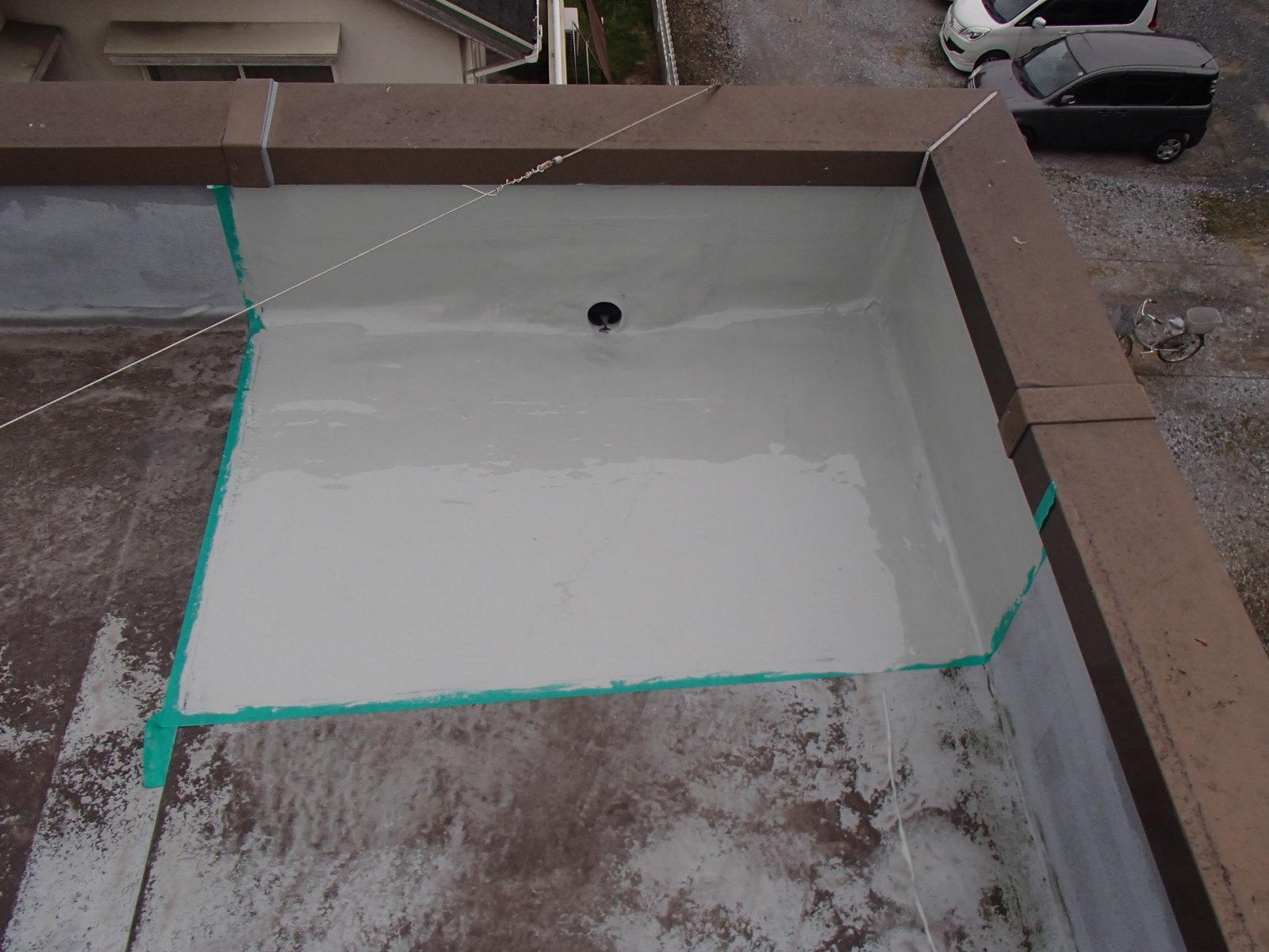 屋上 排水口(ドレン)_e0164638_10070059.jpg