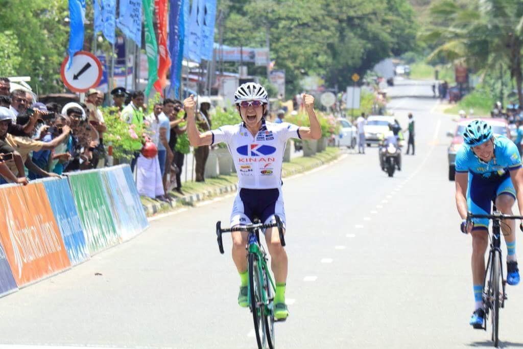 中島選手が国際レースで優勝_e0304942_11273378.jpg