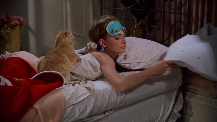 映画のなかのルームウェアにキュン♪ - 「ティファニーで朝食を」_e0219353_13441124.jpg
