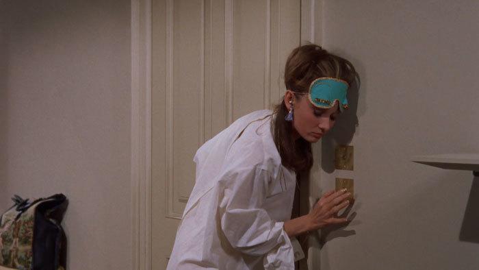 映画のなかのルームウェアにキュン♪ - 「ティファニーで朝食を」_e0219353_13501119.jpg